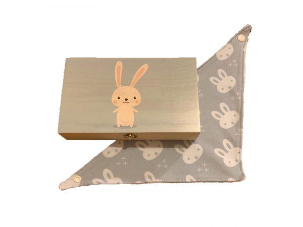 cadeaukistje konijn met sjaaltje
